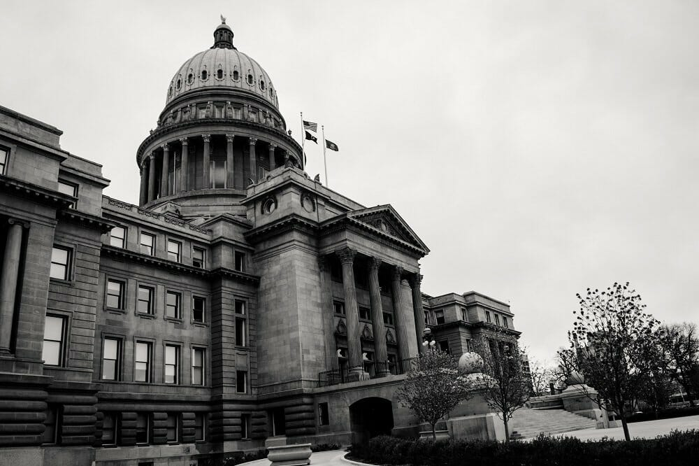 A grayscale photo of the Colorado Capitol Building in Denver, CO