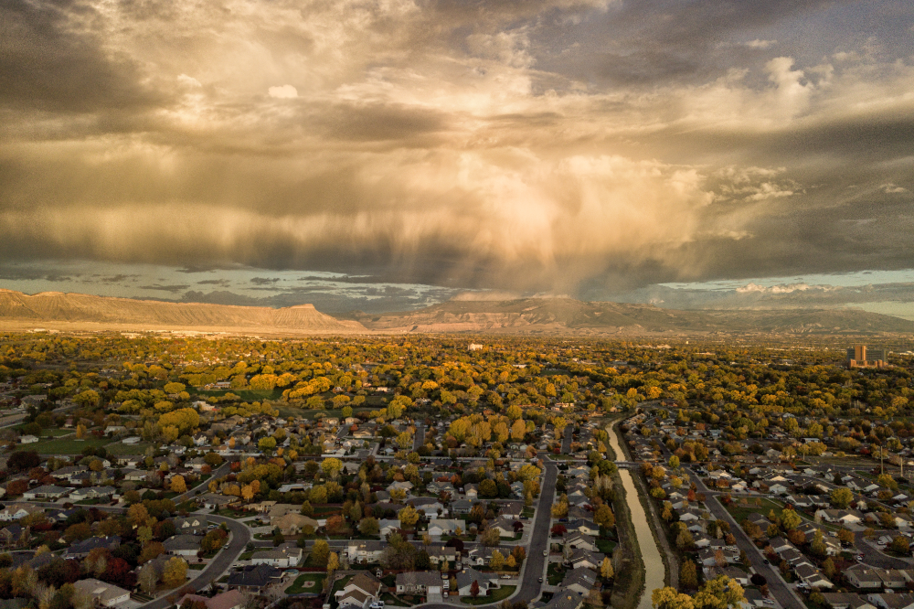 airbnb grand junction_evening drone image over grand junction colorado